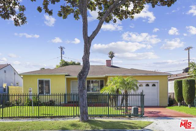 4918 W 96TH Street, Inglewood, CA 90301 (#19506938) :: Fred Sed Group