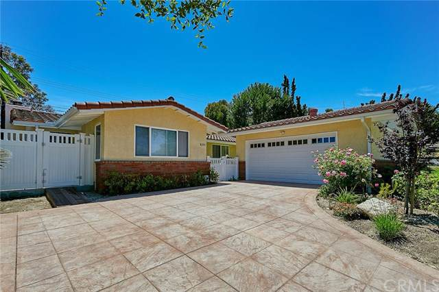 5282 Willow Wood Road, Rolling Hills Estates, CA 90274 (#PV19212520) :: Team Tami