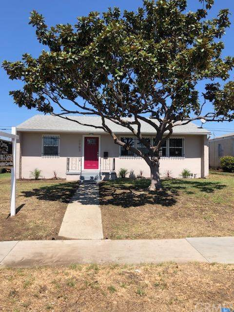 1703 W Imperial, Los Angeles (City), CA 90047 (#DW19214635) :: Allison James Estates and Homes