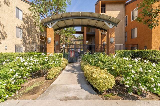 15425 Sherman Way #241, Van Nuys, CA 91406 (#SR19217894) :: The Brad Korb Real Estate Group