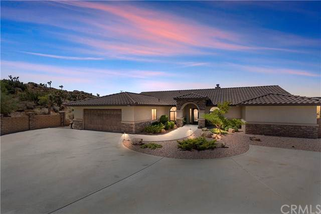 56590 Free Gold Drive, Yucca Valley, CA 92284 (#SW19217665) :: RE/MAX Masters