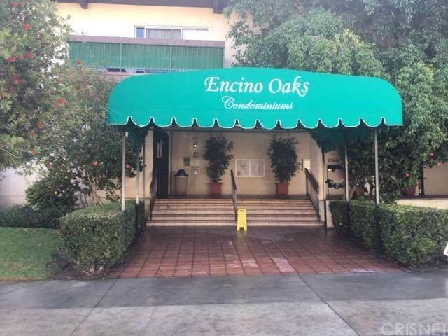 5460 White Oak Avenue C221, Encino, CA 91316 (#SR19218377) :: Brandon Hobbs Group