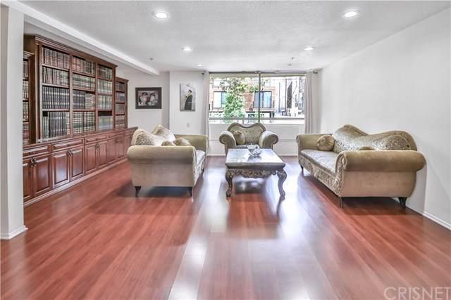 821 N Formosa Avenue #101, Los Angeles (City), CA 90046 (#SR19219097) :: Team Tami