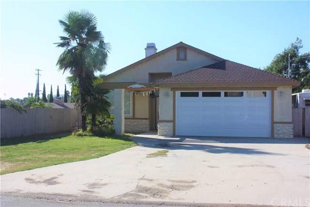 1305 Leland Way, Escondido, CA 92026 (#SW19220281) :: Go Gabby