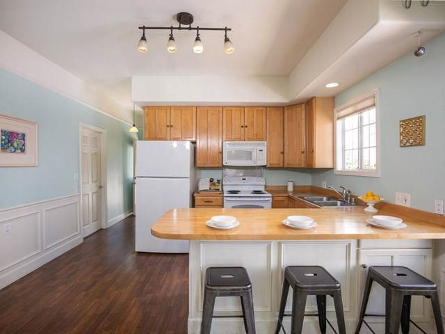 315 Cedar Street, Santa Cruz, CA 95060 (#ML81768901) :: Crudo & Associates