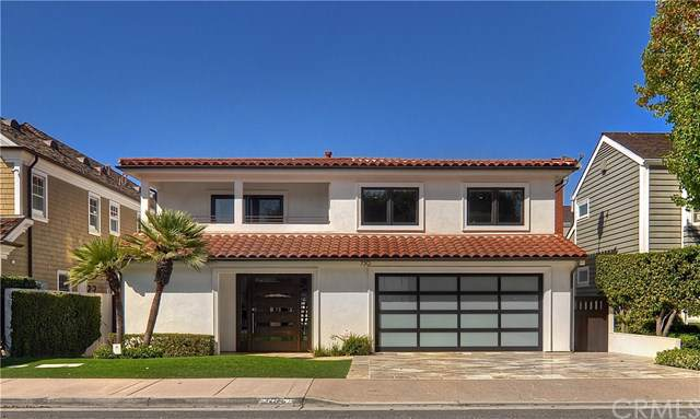 730 Harbor Isand Drive, Newport Beach, CA 92660 (#NP19222280) :: Fred Sed Group