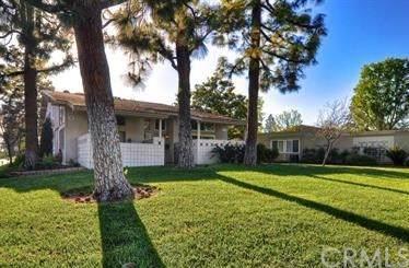 28 Avenida Castilla A, Laguna Woods, CA 92637 (#OC19222286) :: eXp Realty of California Inc.