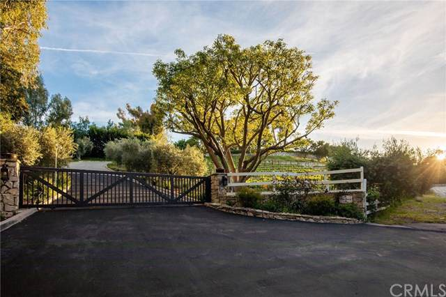 30 Portuguese Bend Road, Rolling Hills, CA 90274 (#SB19222723) :: J1 Realty Group