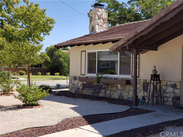 43705 Albeck Avenue, Lancaster, CA 93536 (#IV19224382) :: Fred Sed Group