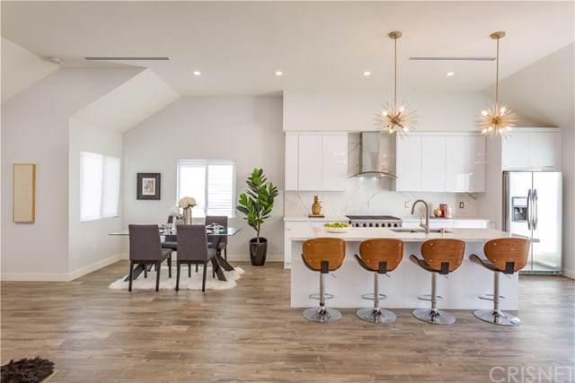 11952 Collins Street, Valley Glen, CA 91607 (#SR19229194) :: Rogers Realty Group/Berkshire Hathaway HomeServices California Properties