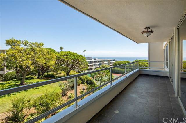 32614 Coastsite Drive #208, Rancho Palos Verdes, CA 90275 (#PV19230091) :: Sperry Residential Group