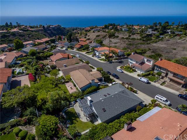 6930 Kings Harbor Drive, Rancho Palos Verdes, CA 90275 (#SB19234499) :: J1 Realty Group