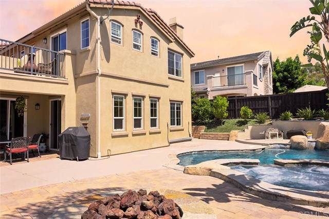 2458 Mica Rd, Carlsbad, CA 92009 (#190054652) :: The Houston Team | Compass