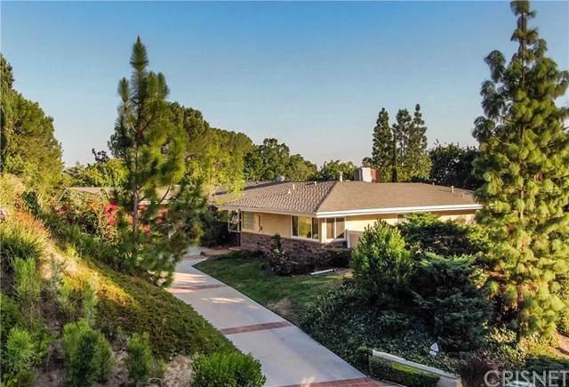 11850 Clonlee Avenue, Granada Hills, CA 91344 (#SR19235986) :: The Parsons Team