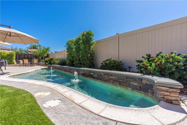 32689 Cottonwood Road, Winchester, CA 92596 (#SW19236392) :: The Costantino Group | Cal American Homes and Realty