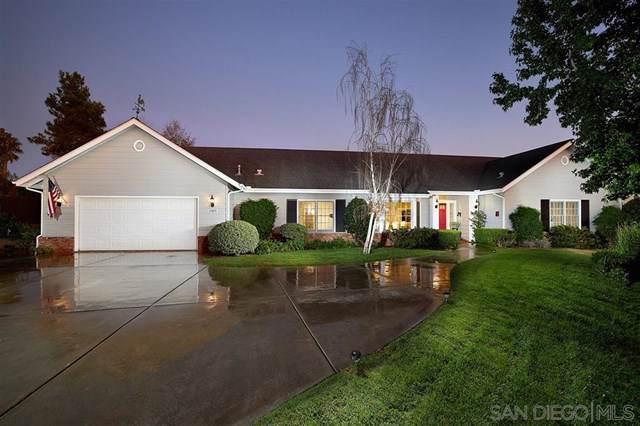2323 Calle Dos Lomas, Fallbrook, CA 92028 (#190056403) :: Provident Real Estate