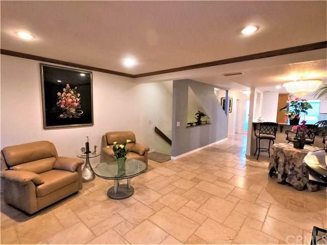 435 Bryson Springs, Costa Mesa, CA 92627 (#OC19218979) :: Sperry Residential Group