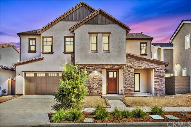 140 Pixel, Irvine, CA 92618 (#CV19244058) :: Mainstreet Realtors®