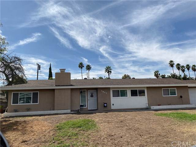 5842 Olive Avenue, Rialto, CA 92377 (#CV19244291) :: Better Living SoCal