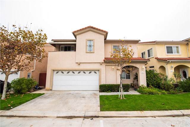 946 Via Camino, Wilmington, CA 90744 (#SB19245411) :: RE/MAX Masters