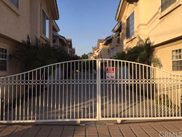 7829 Stewart And Gray Road #106, Downey, CA 90241 (#TR19246018) :: Harmon Homes, Inc.