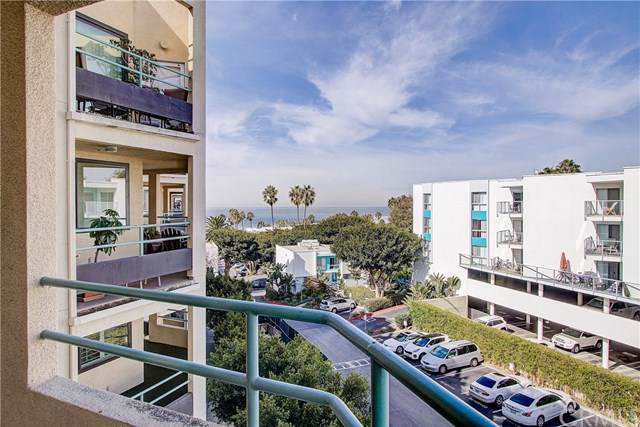 520 The Village #313, Redondo Beach, CA 90277 (#SB19241864) :: Fred Sed Group