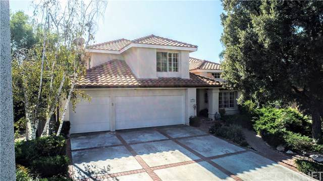 24506 Skyridge Drive, Newhall, CA 91321 (#SR19251674) :: Sperry Residential Group