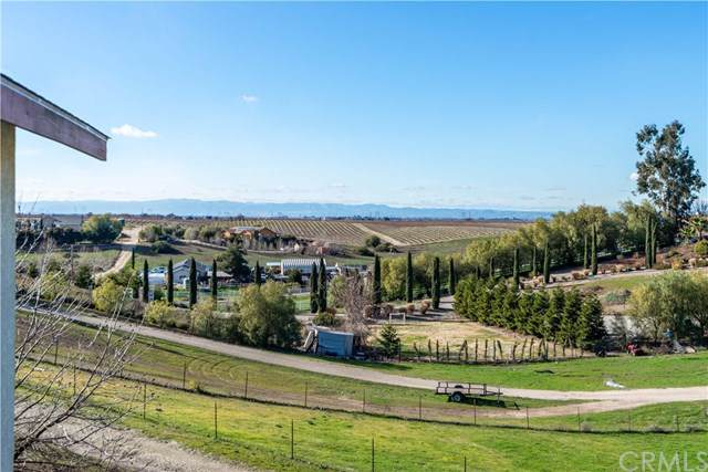 8199 Plane View, Paso Robles, CA 93446 (#NS19251980) :: Sperry Residential Group