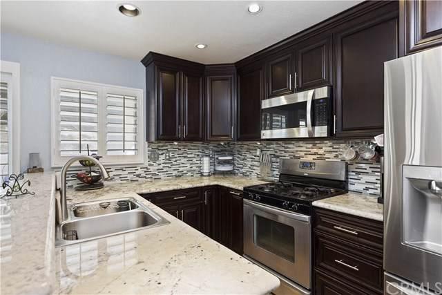 11645 Sparrow Drive, Fontana, CA 92337 (#TR19253851) :: Mainstreet Realtors®