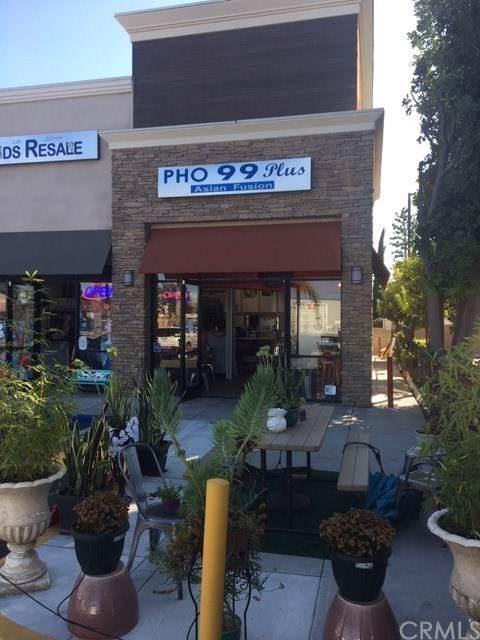 3620 Katella Avenue, Los Alamitos, CA 90720 (#OC19256702) :: Allison James Estates and Homes
