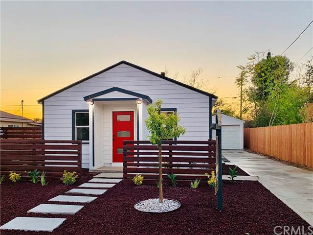 963 Illinois Avenue, Colton, CA 92324 (#CV19258470) :: Harmon Homes, Inc.