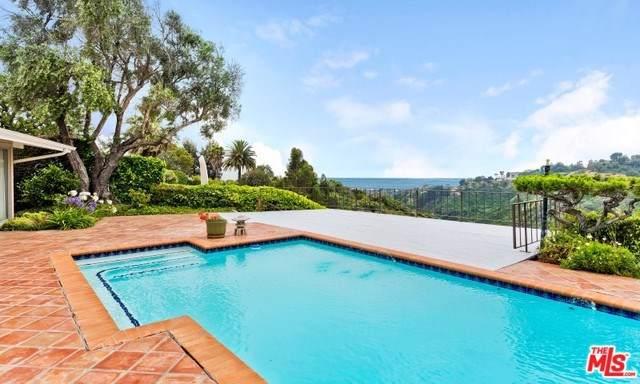 933 Enchanted Way, Pacific Palisades, CA 90272 (#19528180) :: J1 Realty Group