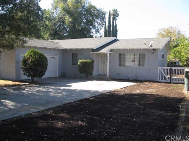 4070 Harrison Street, Riverside, CA 92503 (#EV19262740) :: The Brad Korb Real Estate Group