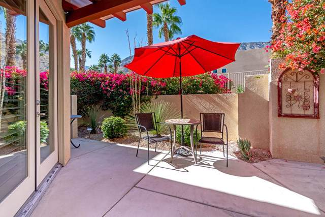 222 Canyon Circle N #5, Palm Springs, CA 92264 (#219033708PS) :: Go Gabby