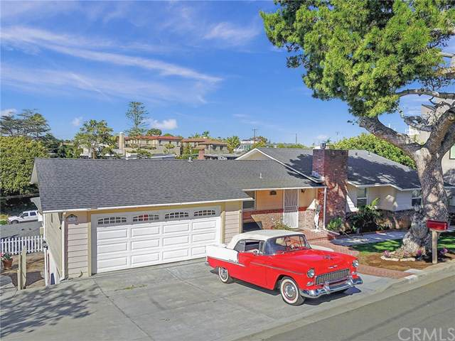 341 La Jolla, Newport Beach, CA 92663 (#NP19263035) :: Sperry Residential Group