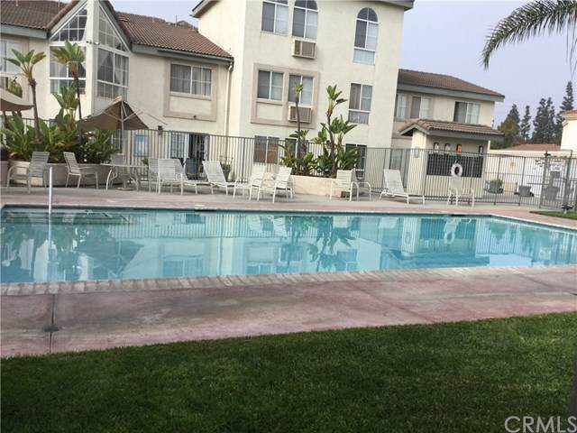 15000 Downey Avenue #244, Paramount, CA 90723 (#DW19264411) :: California Realty Experts