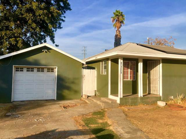 2325 Vermont Avenue, Riverside, CA 92507 (#219033820PS) :: Fred Sed Group