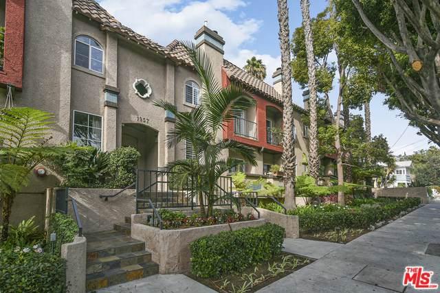 1957 N Bronson Avenue #117, Los Angeles (City), CA 90068 (#19529626) :: J1 Realty Group