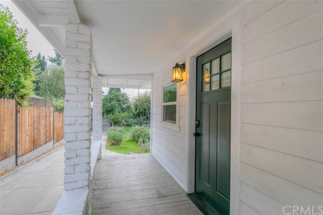 423 E Pine Street, Altadena, CA 91001 (#AR19266251) :: Mainstreet Realtors®