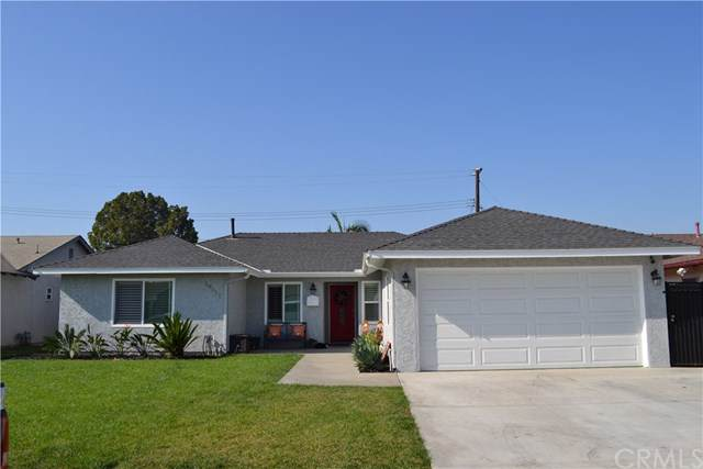 14611 Shinkle Circle, Huntington Beach, CA 92647 (#OC19266881) :: The Danae Aballi Team
