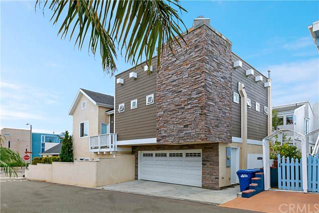 219 2nd Street, Hermosa Beach, CA 90254 (#OC19266815) :: J1 Realty Group