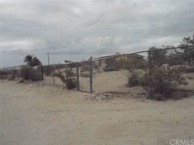 73598 Desert Trail Drive, 29 Palms, CA 92277 (#JT19267536) :: Sperry Residential Group