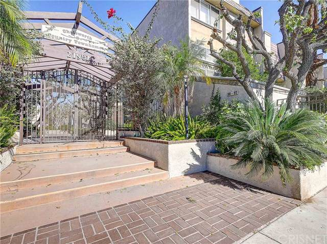 21901 Lassen Street #121, Chatsworth, CA 91311 (#SR19267848) :: Allison James Estates and Homes