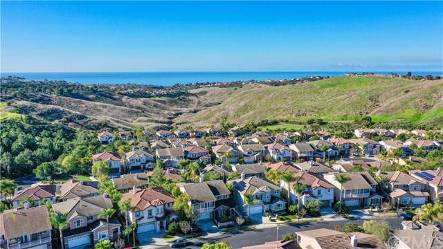 1616 Vista Luna, San Clemente, CA 92673 (#OC19269354) :: J1 Realty Group