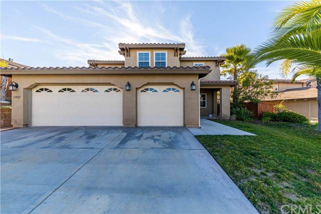 44927 Dolce Street, Temecula, CA 92592 (#SW19274836) :: EXIT Alliance Realty