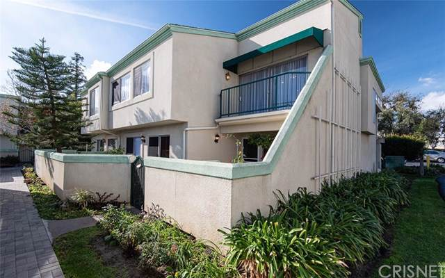 18504 Mayall Street A, Northridge, CA 91324 (#SR19275284) :: Mainstreet Realtors®