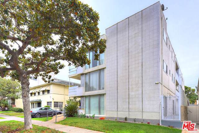 248 S Doheny Drive #2, Beverly Hills, CA 90211 (#19534526) :: The Ashley Cooper Team