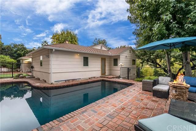 15461 Del Gado Drive, Sherman Oaks, CA 91403 (#SR19276646) :: Veléz & Associates