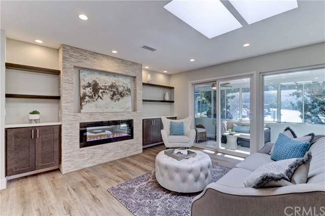 3128 Via Serena N P, Laguna Woods, CA 92637 (#OC19276524) :: Sperry Residential Group