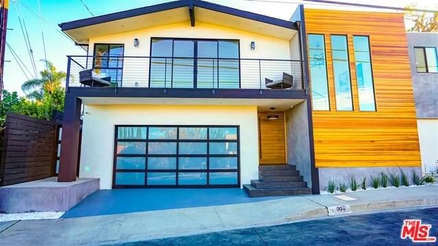17004 Oak View Drive - Photo 1